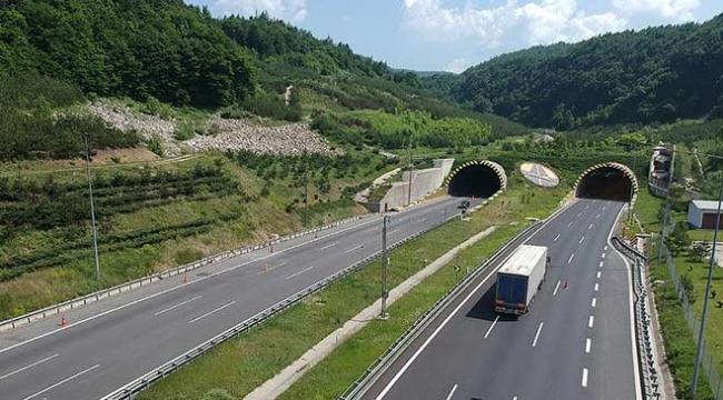 Bolu Dağı Tünelinin Ankara yönünde 20 gün ulaşım sağlanamayacak