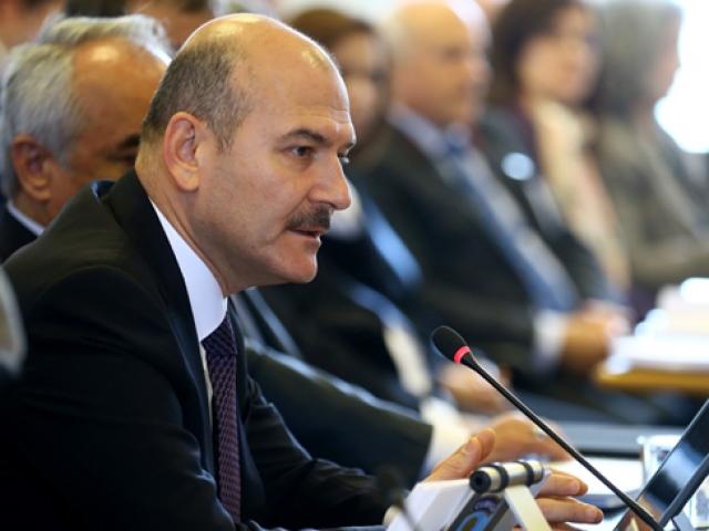 İçişleri Bakanı Soylu: Terör örgütünün sözcülüğünü yapmayın