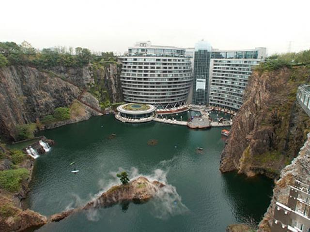 Çinde eski taş ocağı lüks bir otele dönüştürüldü