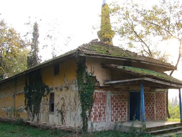 Sakaryada 700 yıllık caminin restorasyonu için çalışma yapılıyor