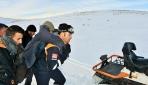 Muşta karda mahsur kalan 15 çoban kurtarıldı