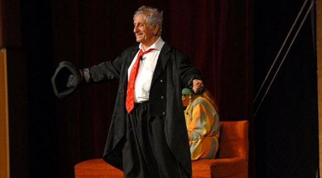 Usta tiyatrocu Nejat Uygur vefatının 5. yılında anılıyor