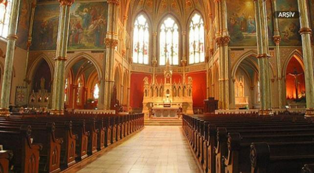 Almanyada papaz kiliseden 120 bin euro çaldığını itiraf etti