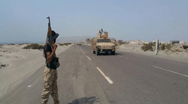 Yemenin Hudeyde kentinde yaklaşık 1 haftadır duran çatışmalar yeniden başladı