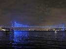 Galata Kulesi ve köprüler çocuk hakları için maviye büründü