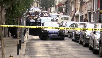 Şişlide otomobile silahla ateş açıldı: 2 yaralı