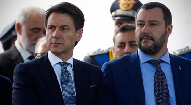 İtalya Avrupa Birliği ile bütçe krizinde geri adım atmayacak