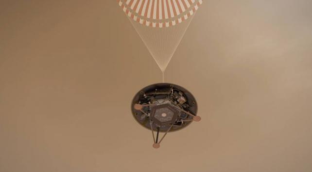 NASA yeni uzay aracı Insightı Kızıl Gezegene indiriyor