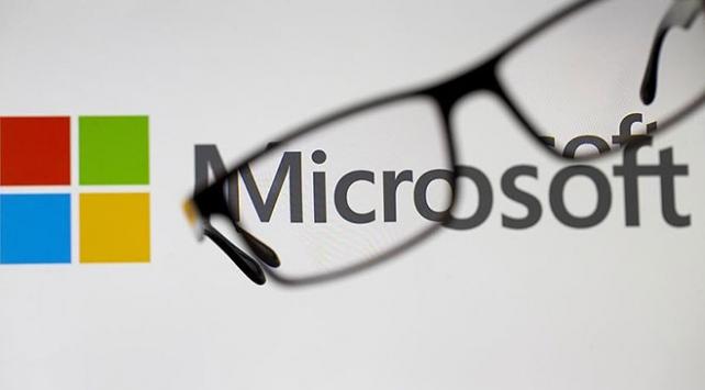 Microsoft, Appledan tacını geri aldı