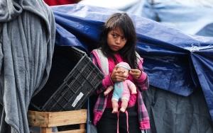 Tijuanaya gelen göçmenler bekleyişini sürdürüyor