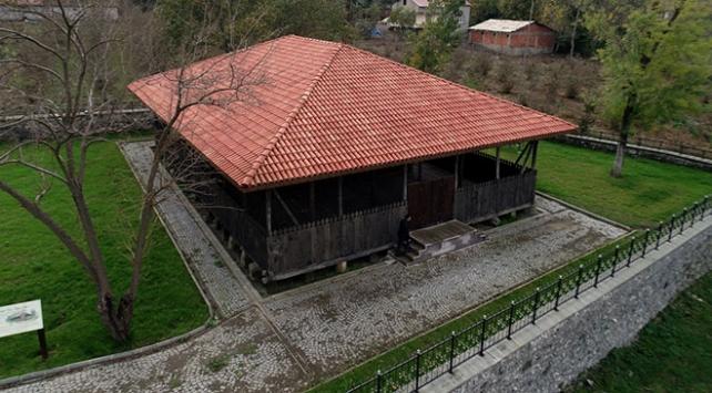 Çarşambadaki çivisiz cami hem ibadete hem turizme kazandırıldı