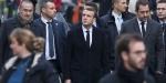 Macron Paristeki protesto alanını ziyaret etti