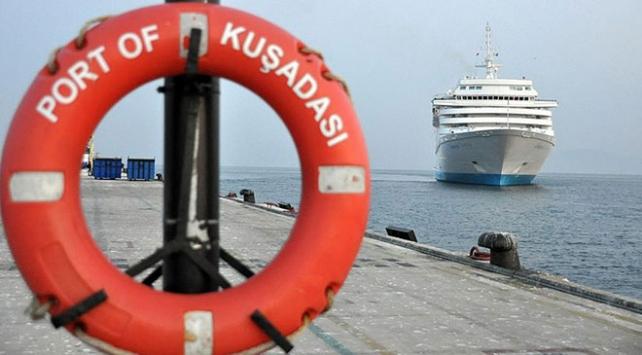 En fazla turistik gemi Kuşadasına geldi