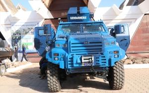 Dakardaki uluslararası fuarın güvenliği Türk yapımı zırhlı araca emanet