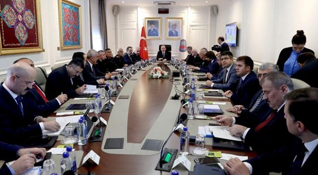 """İçişleri Bakanı Soyludan """"güvenlik"""" toplantısı"""