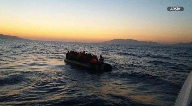 İzmirde 56 göçmen yakalandı