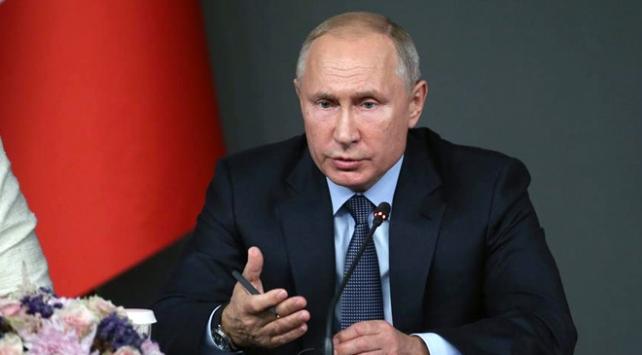 Putin: ABD nükleer anlaşmadan çıkarsa karşılık veririz