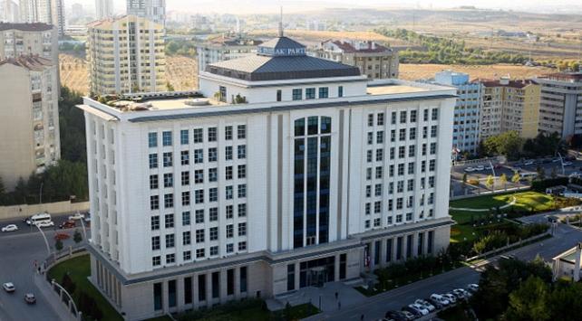 AK Partinin 14 il belediye başkan adayı açıklanacak