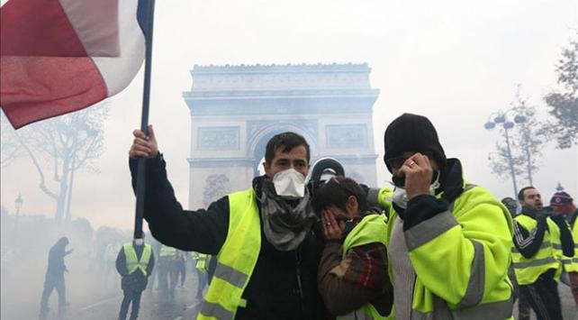Fransada akaryakıt zamları 2019 yılı için iptal edildi
