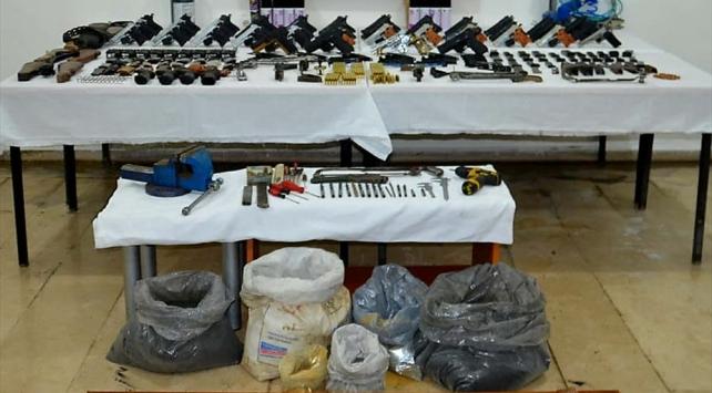 Diyarbakırda silah kaçakçılığı operasyonu: 5 gözaltı