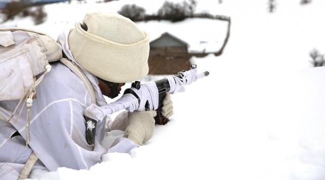 Terör örgütünün kış üslenmesine operasyon: 194 sığınak imha edildi