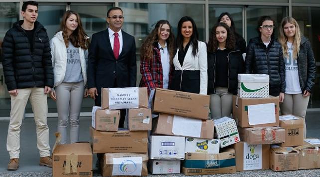 Öğrencilerin çabası ile İzmir dışına okul malzemesi gönderiliyor