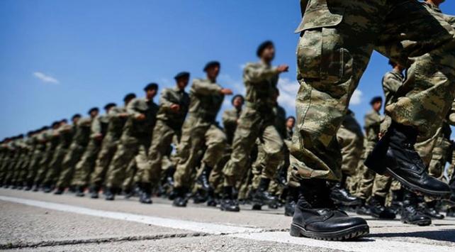 Milli Savunma Bakanlığında yeni askerlik sistemi toplantısı
