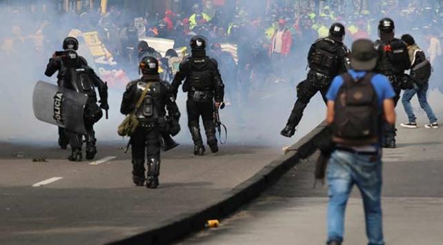 Kolombiyada öğrenci protestoları: 2 gözaltı