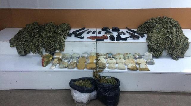 Diyarbakırda 44 kilogram uyuşturucu madde ele geçirildi