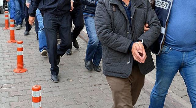 İstanbulda FETÖ operasyonu: 13 gözaltı