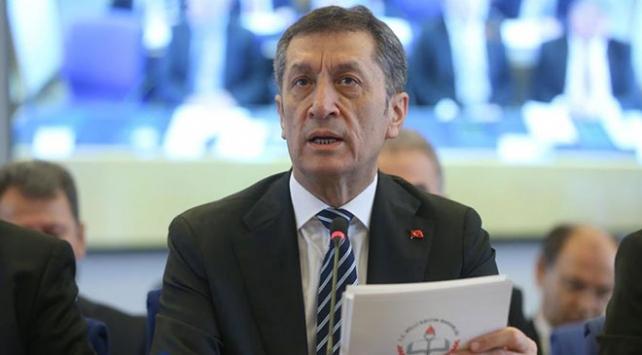 Milli Eğitim Bakanı Selçuk: Bağış ve kayıt parası talebi kabul edilemez