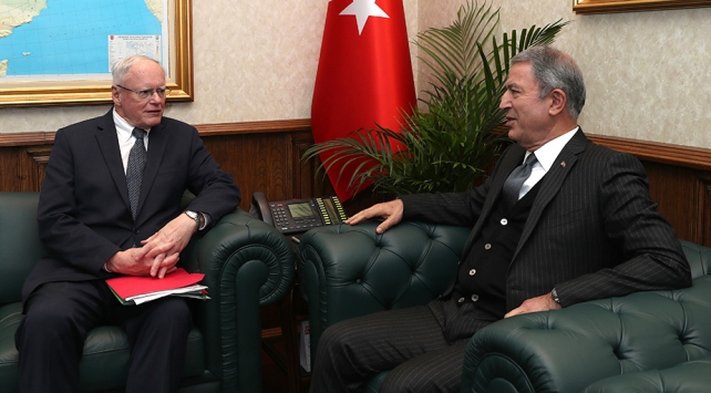 Bakan Akar, ABDnin Suriye Özel temsilcisi Jeffreyi kabul etti