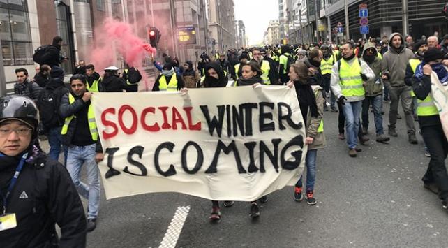 Belçikada göstericiler sokaklarda