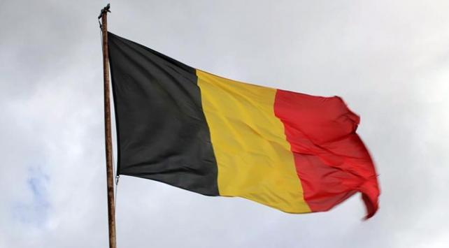 Belçikada hükümet krizi derinleşiyor