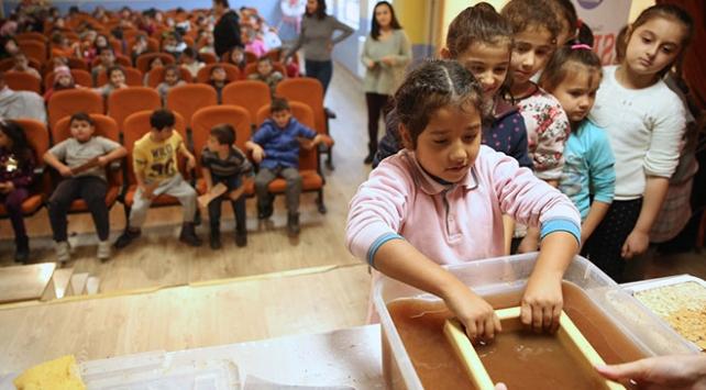 """""""SEKA Kağıt Müzesi Köylerde Projesi"""" öğrencilerle buluşuyor"""