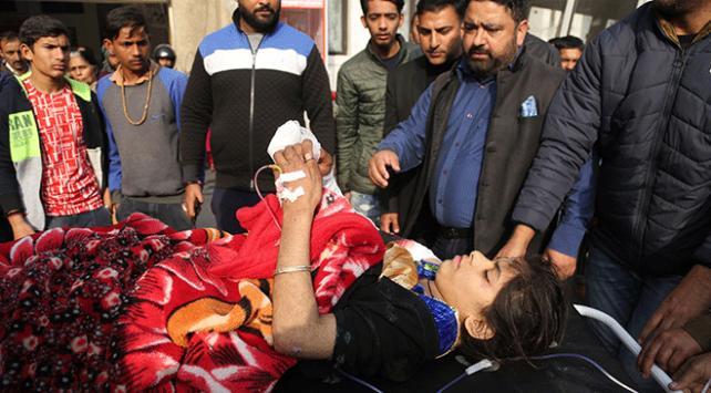 Cammu Keşmirde çatışma: 3 direnişçi öldürüldü