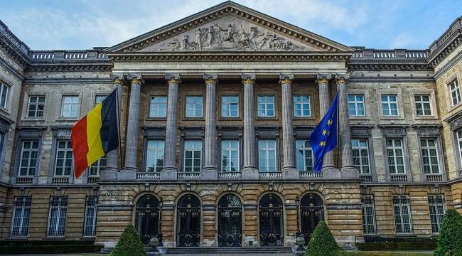 Belçikada Flaman İttifakı hükümetten çekildi