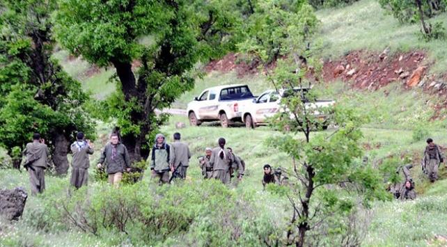 Terör örgütü PKK, Sincarda çocukları silah altına alıyor