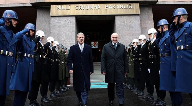 Milli Savunma Bakanı Akar Estonyalı mevkidaşıyla görüştü