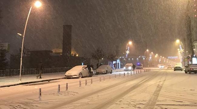 Doğuda kar yağışı etkisini artırdı