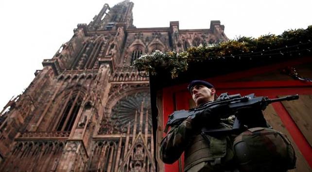 Fransa, Strazburgdaki saldırıdan sonra güvenlik önlemlerini artırıyor
