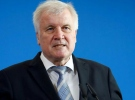 Alman İçişleri Bakanı Seehofer: İltica talebi reddedilenler gözaltına alınsın