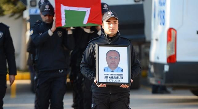 Antalya Emniyet Müdür Yardımcısı otomobilinin içinde ölü bulundu