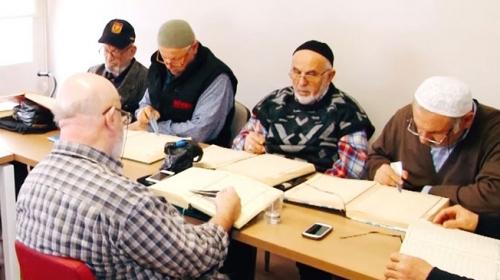 Kore gazisi 85 yaşında Kur'an-ı Kerim okumayı öğrendi