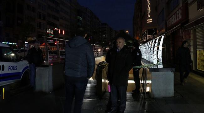 Osmanbey metrosunda bir kişi raylara düştü