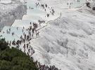 Pamukkale'yi 11 ayda 2 milyon kişi ziyaret etti