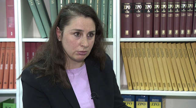 Almanyada Türk avukatın tehdit edilmesiyle ilgili 5 polis görevden uzaklaştırıldı