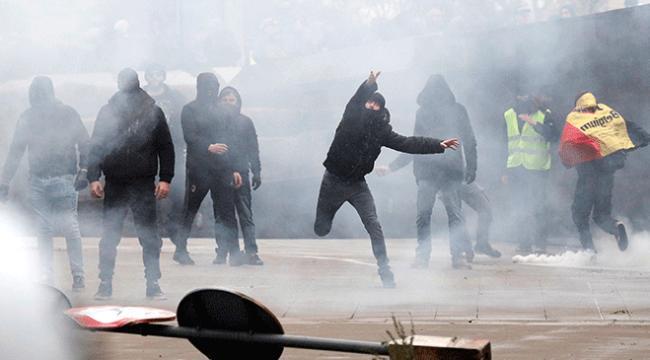 """Brükselde """"göç sözleşmesi"""" protestoları"""