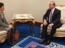 Bakan Çavuşoğlu Nobel ödüllü Murad'ı kabul etti
