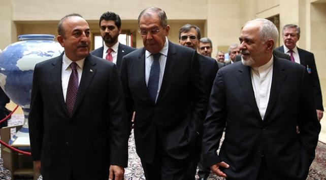 Suriye Anayasa Komitesi, ilk toplantısını yılbaşında yapacak
